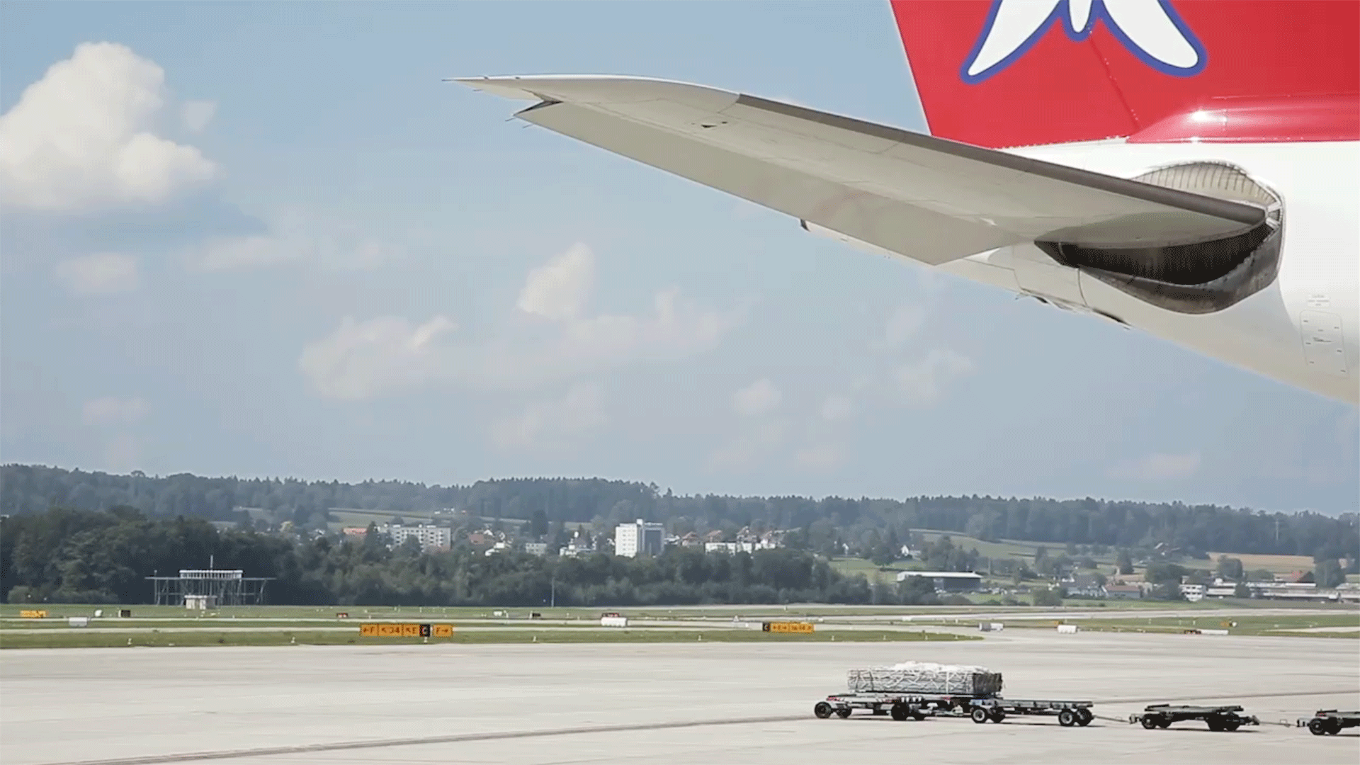 "EDELWEISS AIR – TV Spot ""Boardprogramm"""