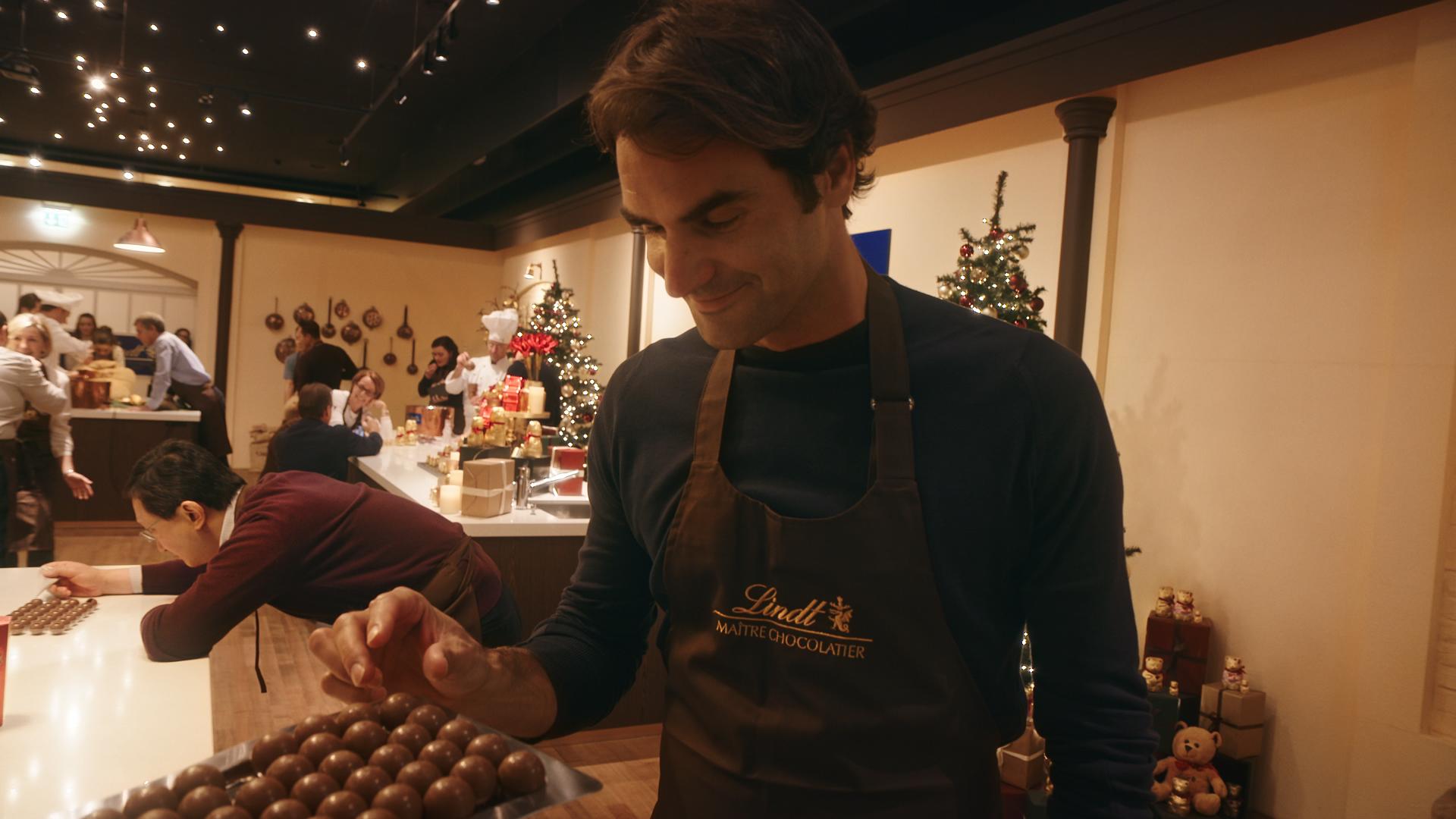 LINDT – Mannequin Challenge mit Roger Federer